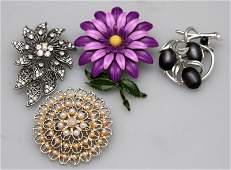 4 PC VINTAGE COSTUME BROOCHES - MONET + MORE