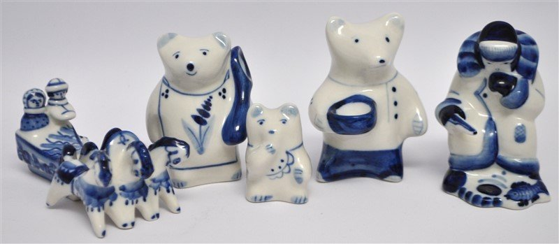 5 PC RUSSIAN GZHEL BLUE & WHITE FIGURINES
