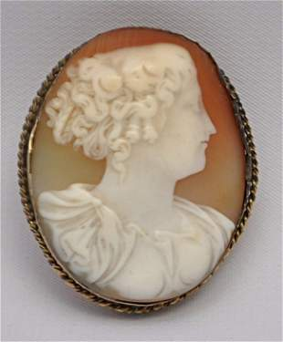 LARGE VICTORIAN CARVED SHELL CAMEO