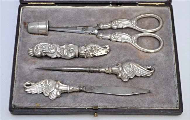 ANTIQUE CONTINENTAL SILVER SWAN CASED SEWING SET