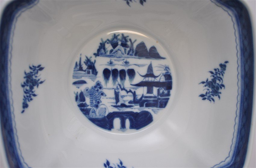 MOTTAHEDEH BLUE CANTON LARGE SQUARE BOWL - 7