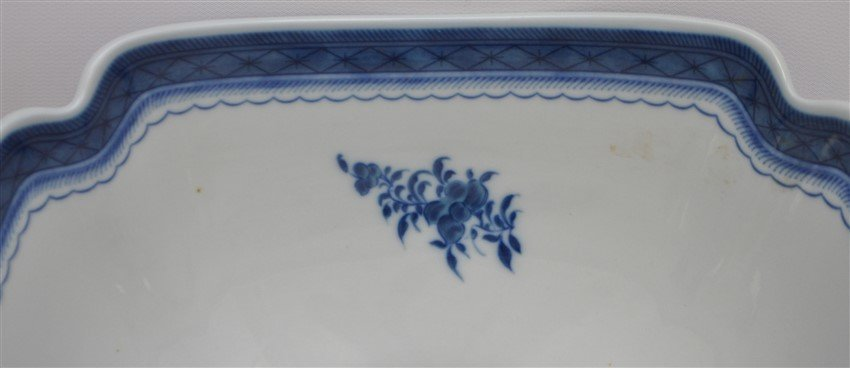 MOTTAHEDEH BLUE CANTON LARGE SQUARE BOWL - 8