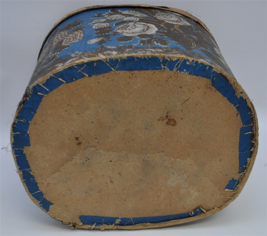 AMERICAN 19th c. WALLPAPER BAND BOX - 10