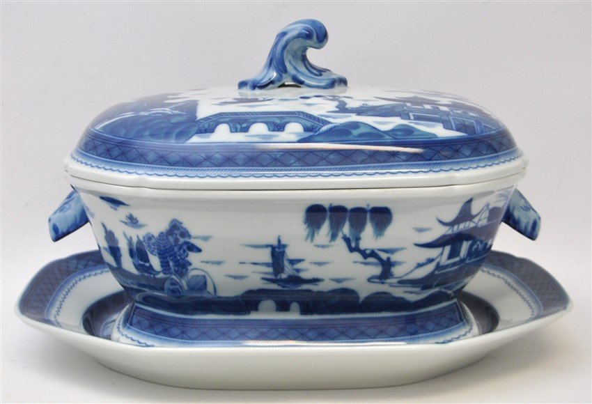 LARGE MOTTAHEDEH BLUE CANTON TUREEN & UNDERPLATE