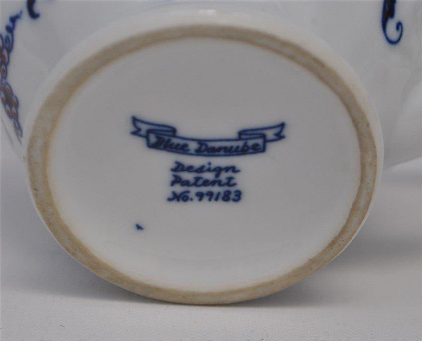 30 pc VINTAGE BLUE DANUBE INCL TEAPOT - 5