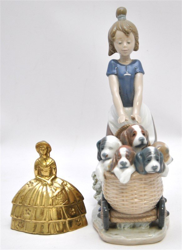 LLADRO FIGURINE # 5364 LITTER OF FUN GIRL WITH PUPPIES - 9