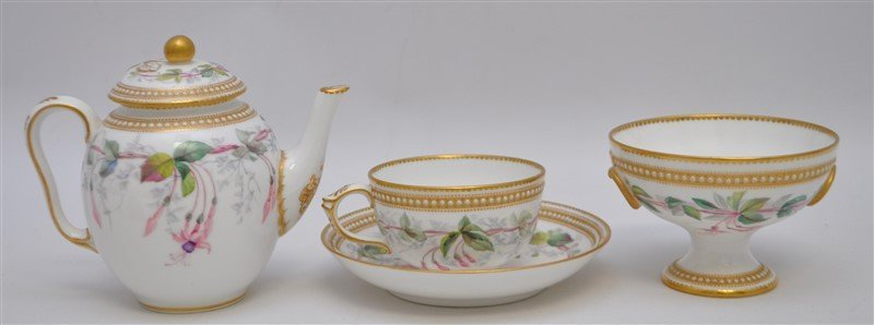 ENGLISH VICTORIAN 1881 NIGHTSHADE WORCESTER TEA