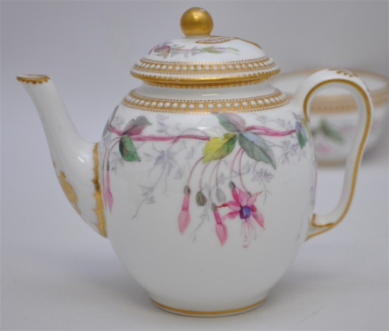 ENGLISH VICTORIAN 1881 NIGHTSHADE WORCESTER TEA - 6