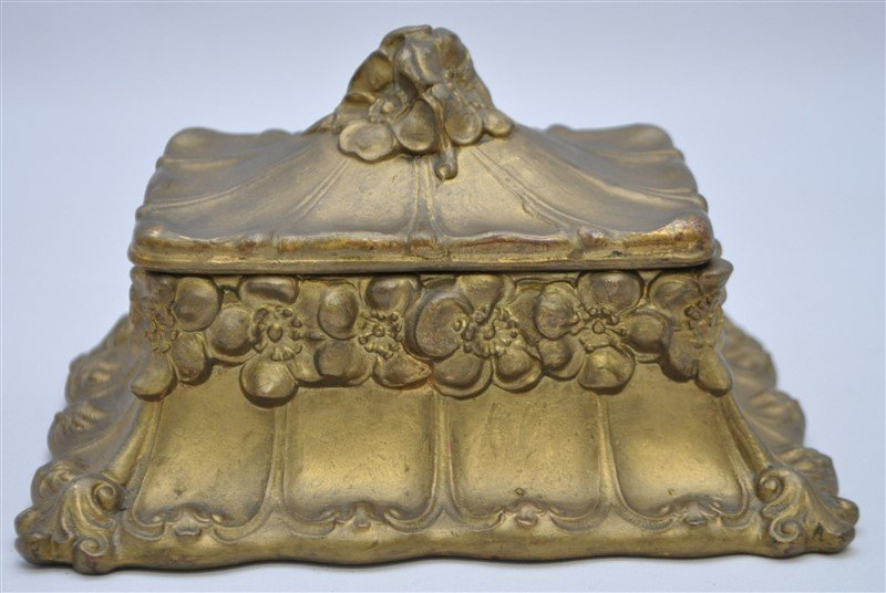 ART NOUVEAU GILDED BRONZE JEWELRY BOX