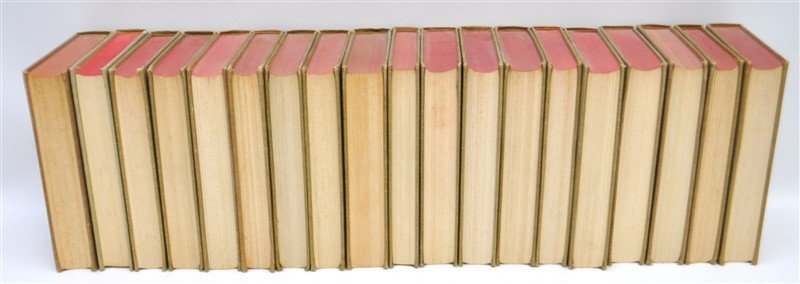 19 VOLUMES CLASSICS CLUB BOOKS - 7