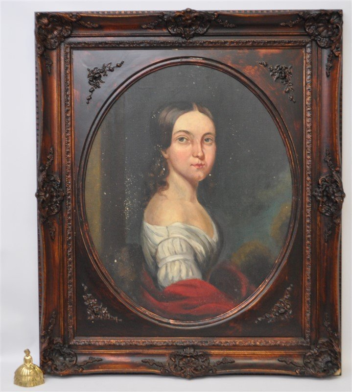 VTG PORTRAIT OF WOMAN IN OVAL FRAME - 9