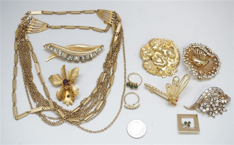 10 pc VTG 1950-60 COSTUME JEWELRY - 8