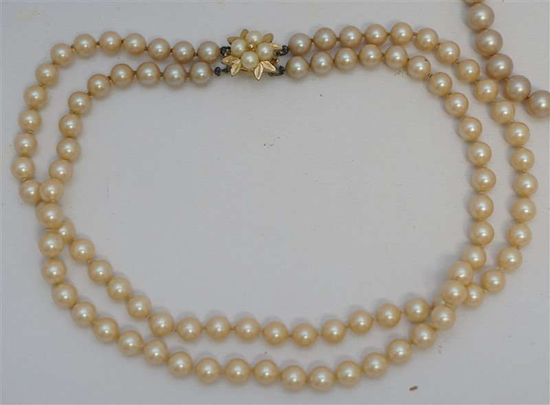 10 PC LOT VINTAGE COSTUME PEARLS - 4