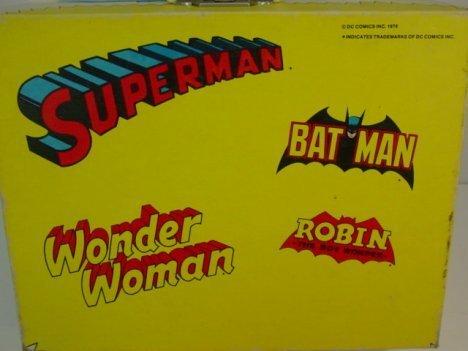820: DC Comics  Superheroes Record Player - 3