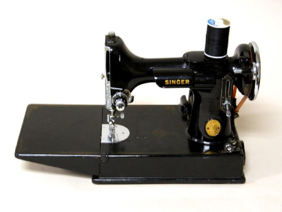 Singer Featherweight Portable Sewing Machine - 2