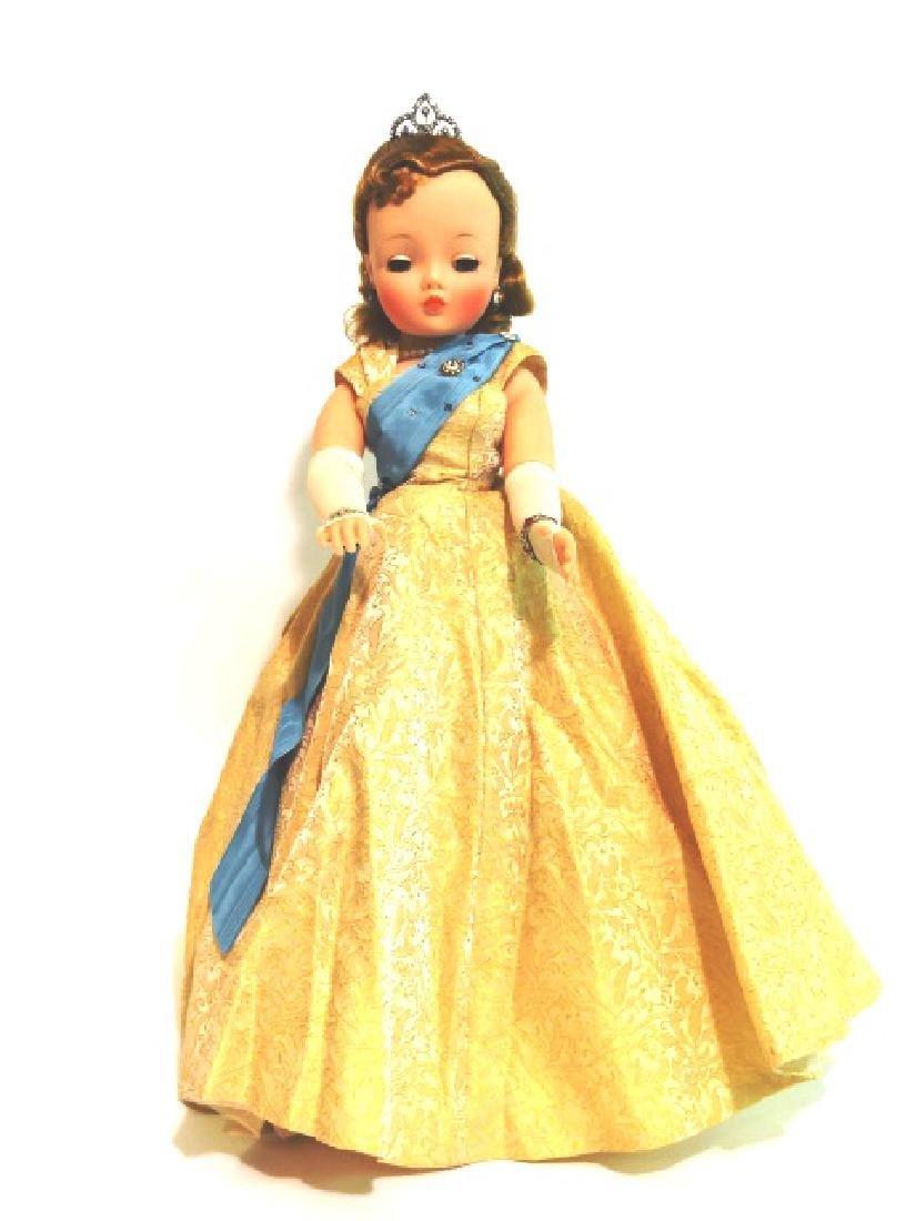 Madame Alexander Cissy Queen Doll