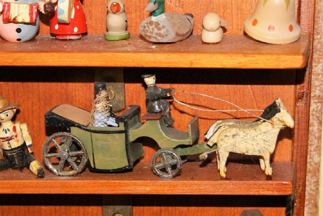 Mister Geppetto & Pinocchio Mott's Museum Room Box - 7