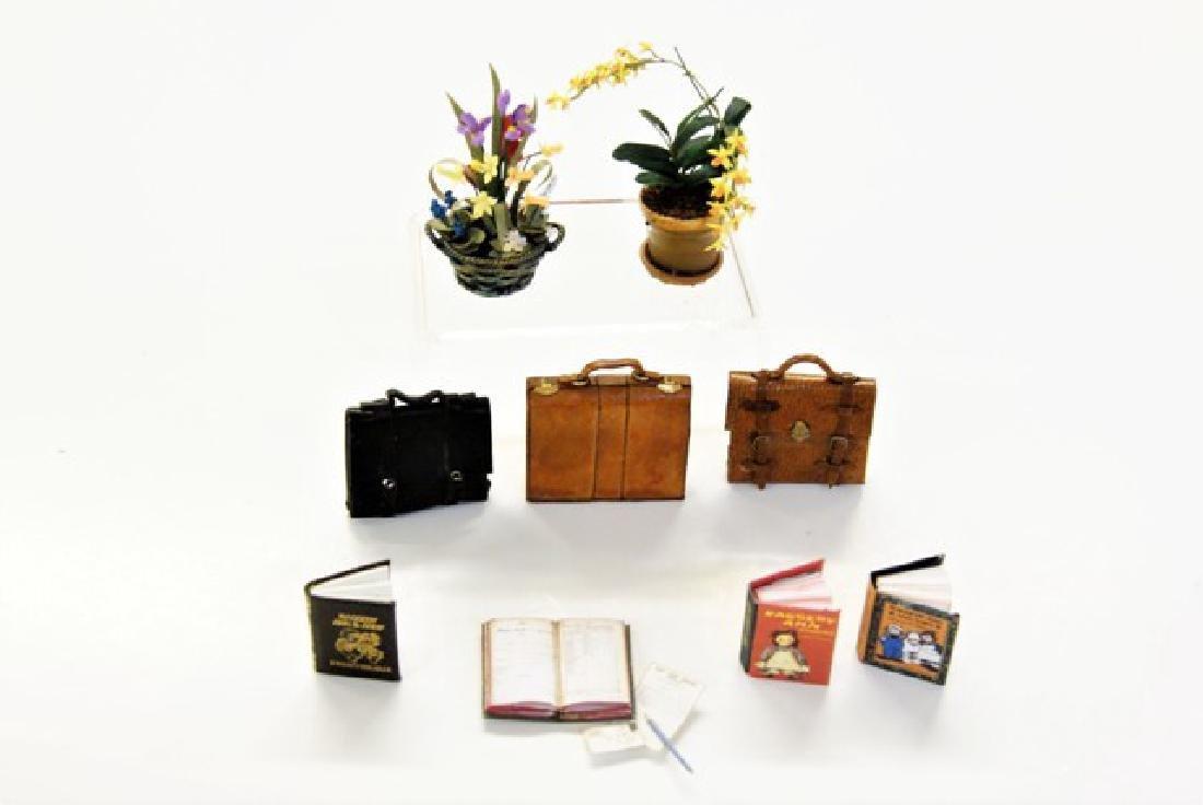 Miniature Books, Bags & Plants