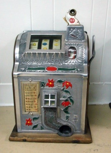 1188: Mills 5 Cent Poinsettia Slot Machine
