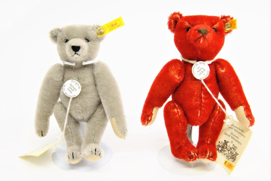 Steiff Teddy Bear Miniature Replicas Red And Grey
