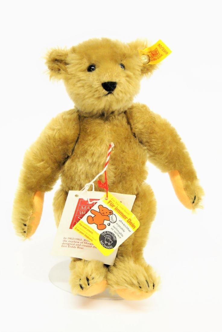 Steiff Margaret Strong Bear 0155/26