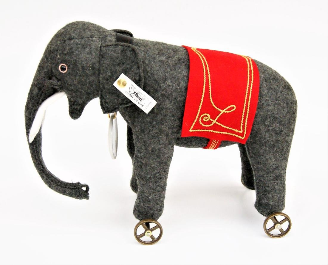 "Steiff 8"" Club LE Elephant On Wheels"