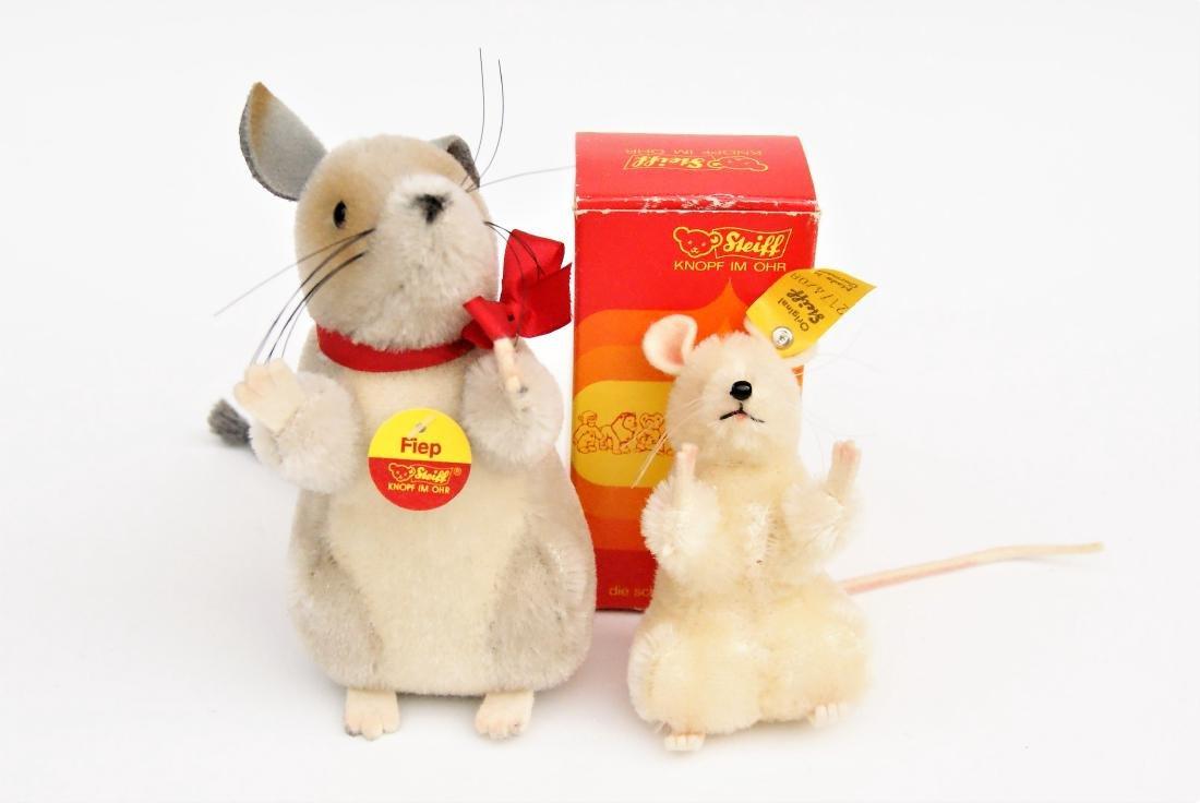 Pair Steiff Field Mice