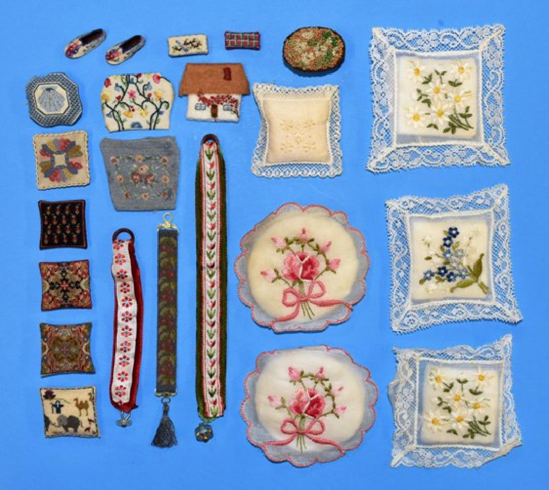 Needlework Dollhouse Accessories Miniatures