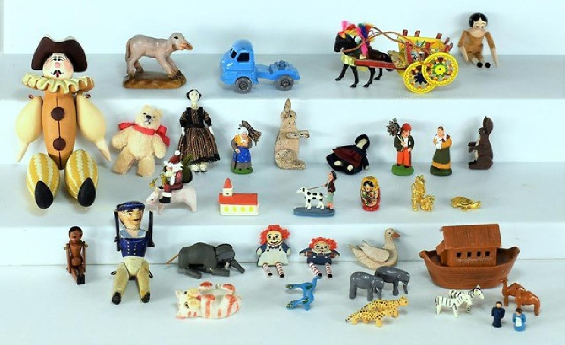 Dollhouse Miniature Toys