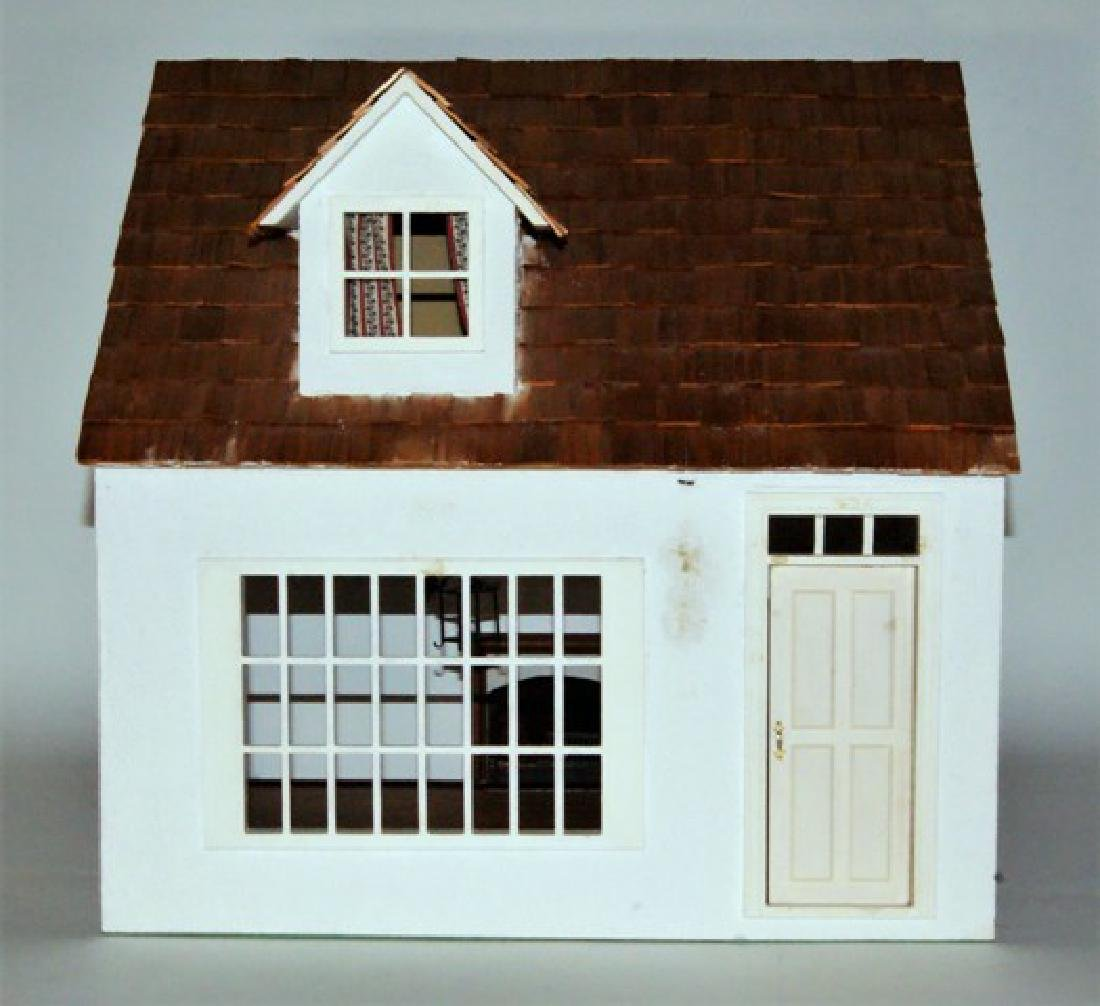 Small Single Room Store Cottage Dollhouse