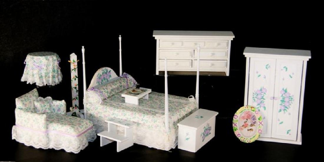 Pitty Pat Bedroom Set for Dollhouse Miniatures