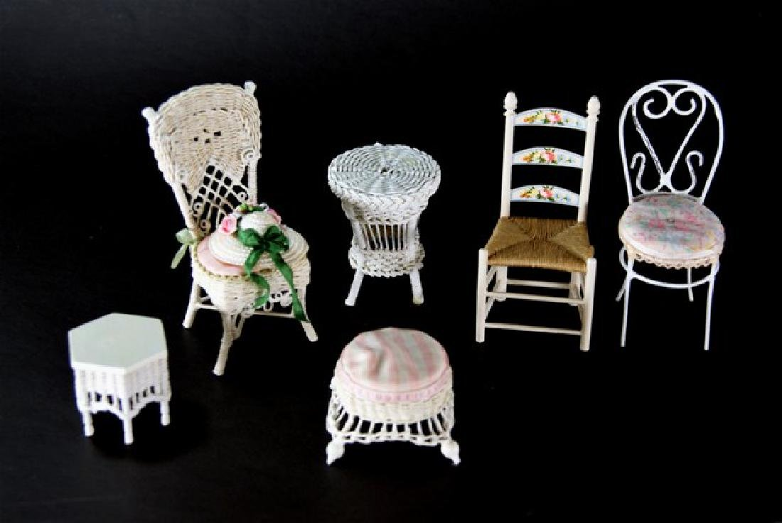Artisan Wicker Furniture for Dollhouse Miniatures