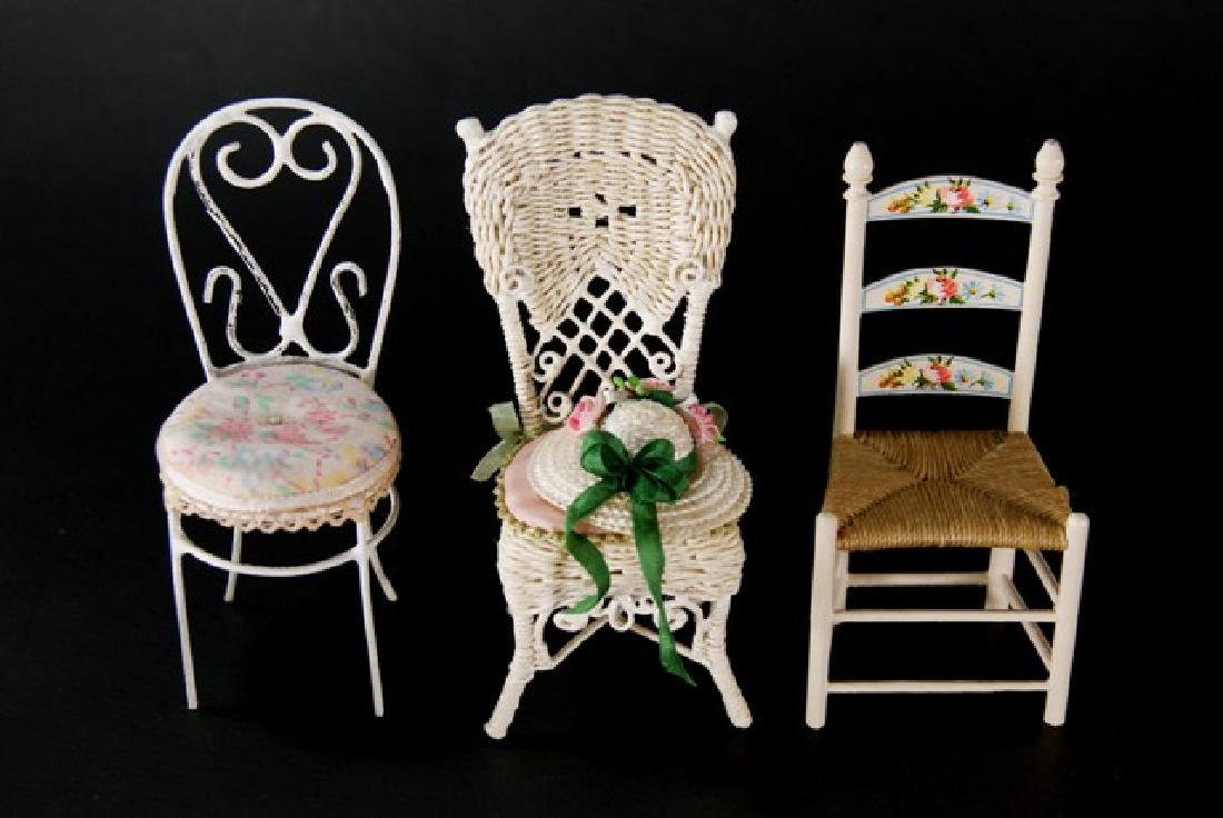 Artisan Wicker Furniture for Dollhouse Miniatures - 2