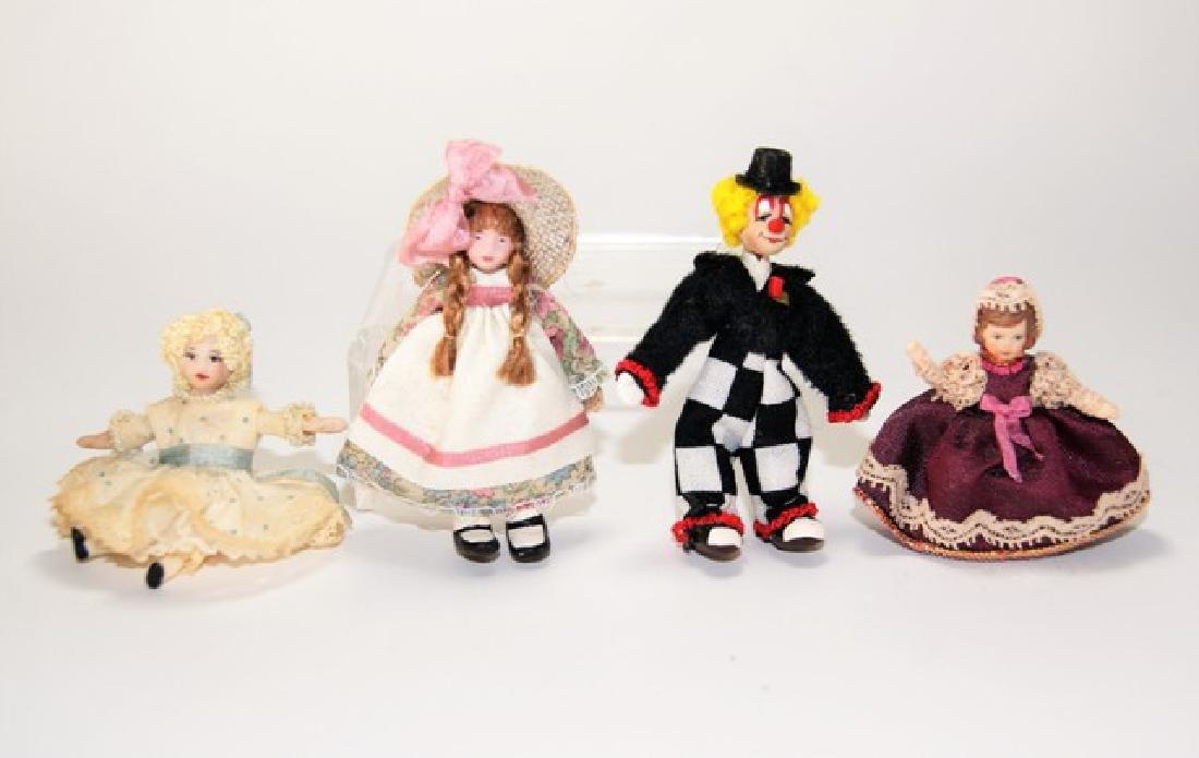 Thomas & Castoral Dollhouse Dolls Miniatures
