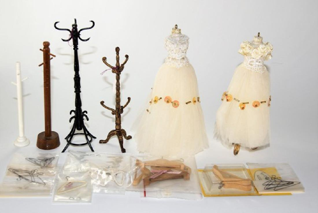 Dollhouse Coats Racks, Dress Forms & Hangers Miniatures