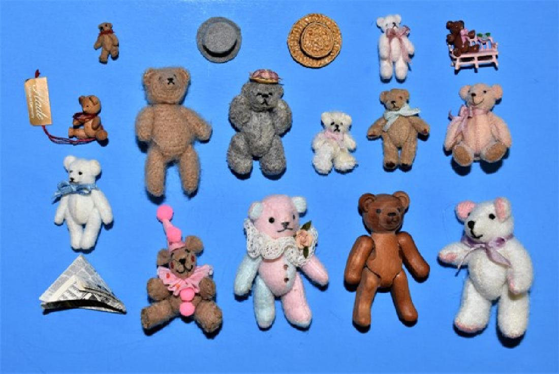 Artisan Dollhouse Toy Bears Miniatures