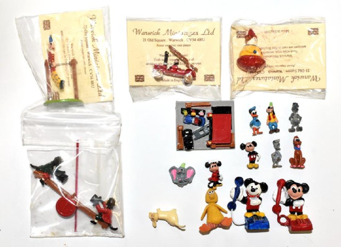 Warick & Disney Dollhouse Miniature Toys