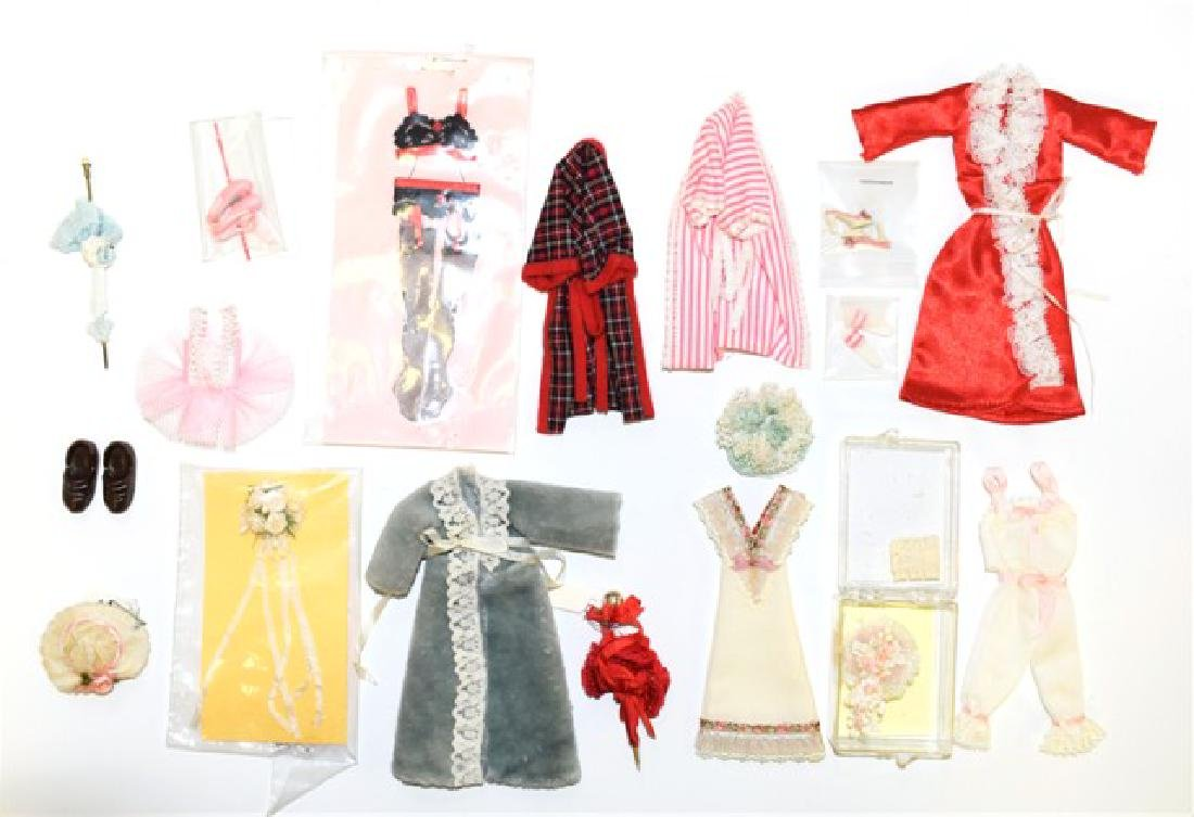 Dollhouse Doll Lady's Clothing Miniatures