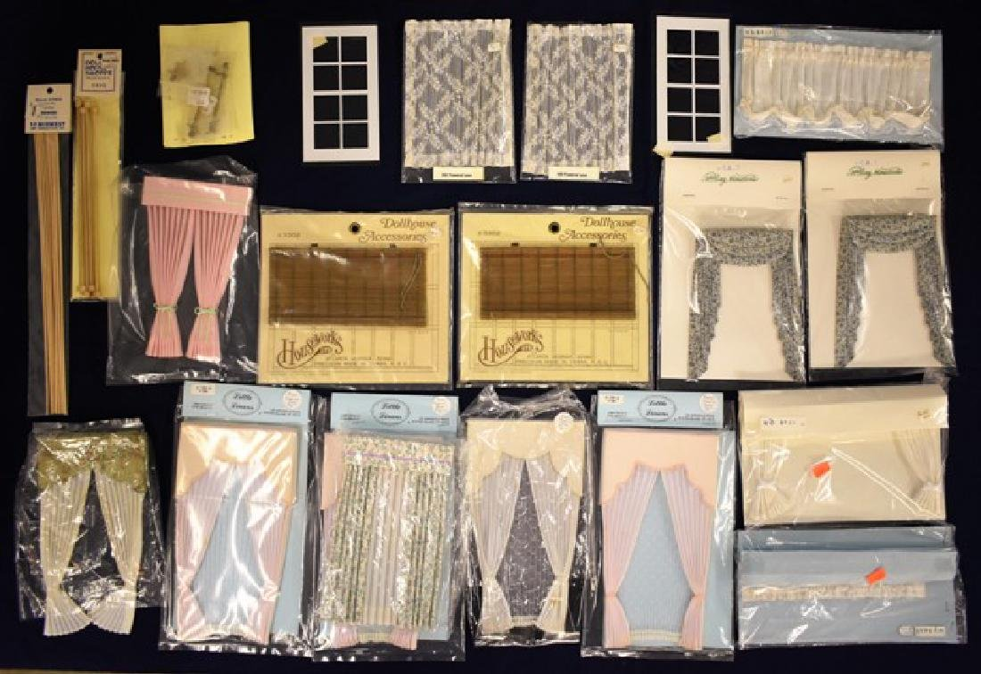Lot of Dollhouse Draperies, Curtains & Rods Miniatures