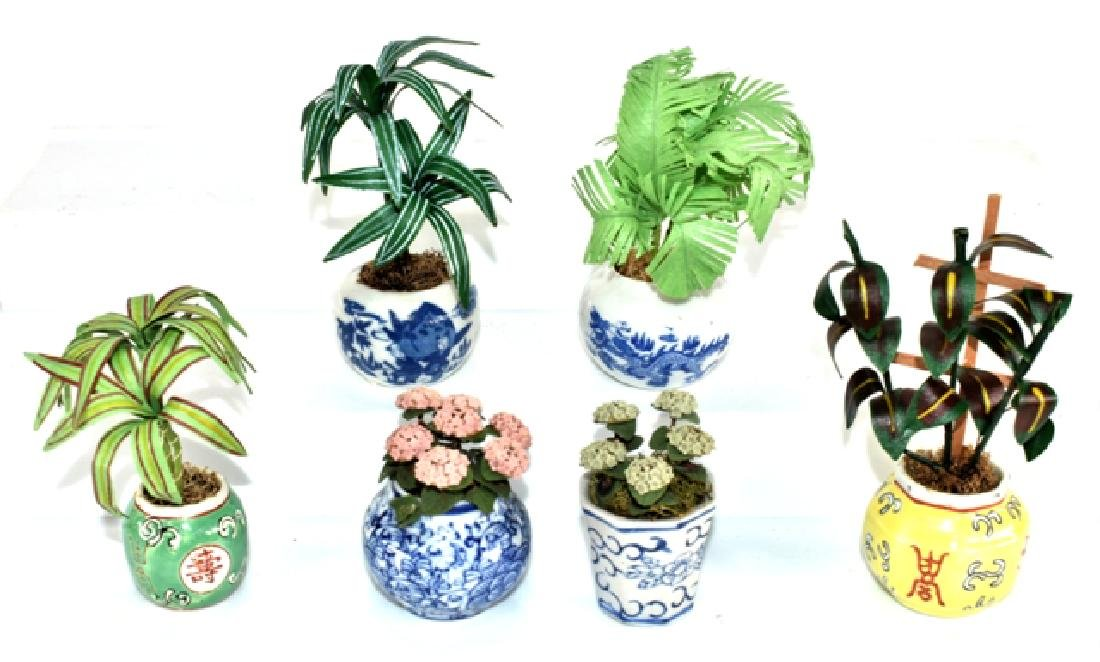 Six Robin's Roost Plants In Ceramic Planters Miniatures