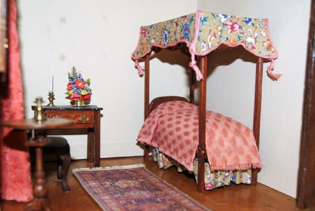 Vintage Small Single Bedroom Box Dollhouse - 3