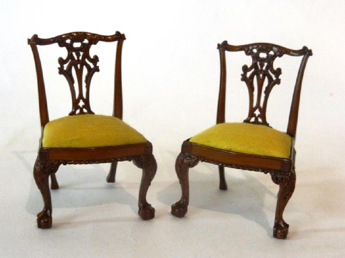 Vintage Dollhouse Furniture Wood Carved Back Chair Asian Made Taiwan Fantastic