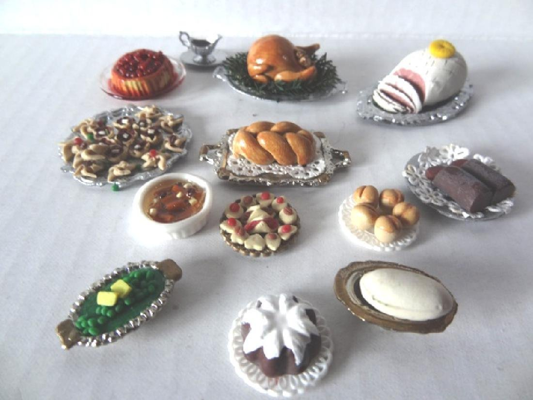 Elyce Christmas Dollhouse Dinner in Porcelain