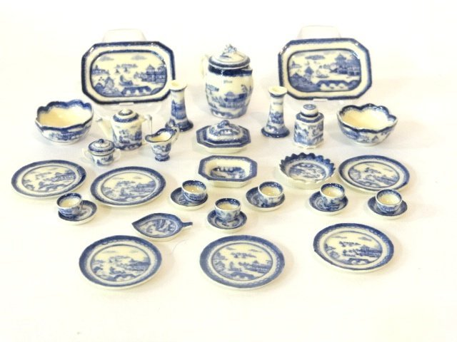 Jean Yingling Canton Porcelain Dollhouse Miniatures - 2