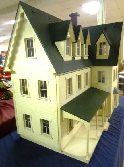 Large Victorian Style Dollhouse - 3