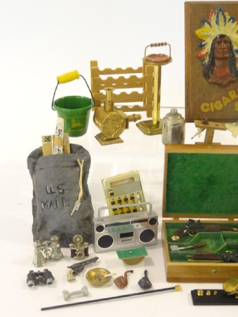 Dollhouse Men's Accessories Miniatures - 2