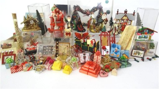 Christmas Miniatures.Large Lot Of Dollhouse Christmas Miniatures