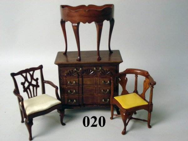 20: Artist Furniture