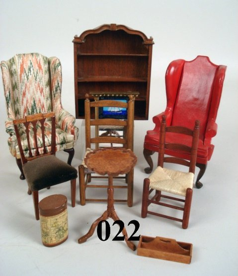 22: Artist Furniture