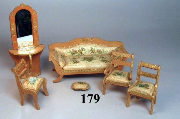 179: Biedermeier Parlor Furniture